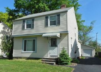 Pre Foreclosure in Euclid 44123 ARDWELL DR - Property ID: 1525347530