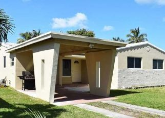 Pre Foreclosure in Hollywood 33021 CLEVELAND ST - Property ID: 1525959822
