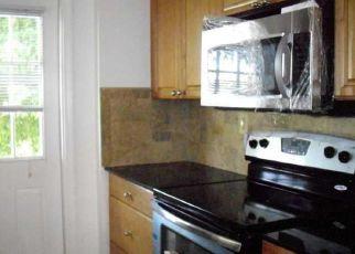 Pre Foreclosure in Pompano Beach 33068 HIGHLAND CT - Property ID: 1526042594