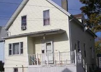 Pre Foreclosure in New Bedford 02740 WILLIS ST - Property ID: 1526099981