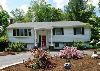 Pre Foreclosure in Attleboro 02703 HICKORY RD - Property ID: 1526100401