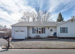 Pre Foreclosure in Beachwood 08722 CHESTNUT ST - Property ID: 1526235297