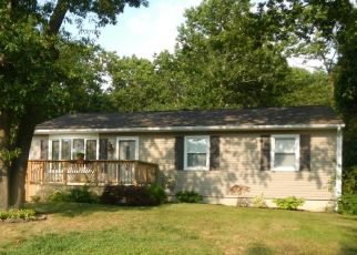 Pre Foreclosure in Bayville 08721 HOOVER AVE - Property ID: 1526240108