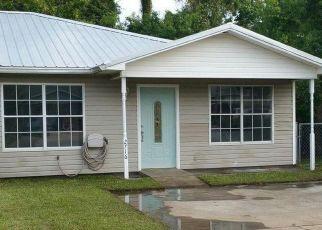 Pre Foreclosure in Panama City 32401 OAK HAMMOCK DR - Property ID: 1526256768