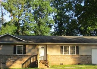Pre Foreclosure in Eufaula 36027 HOLIDAY CT - Property ID: 1526609323