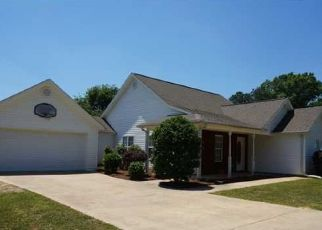 Pre Foreclosure in Jemison 35085 CASSY DR - Property ID: 1526623345