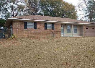 Pre Foreclosure in Daleville 36322 VERNA CIR - Property ID: 1526640427