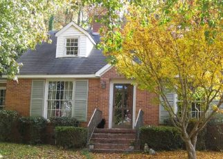 Pre Foreclosure in Sylacauga 35150 OLD ROCKFORD RD - Property ID: 1526652246