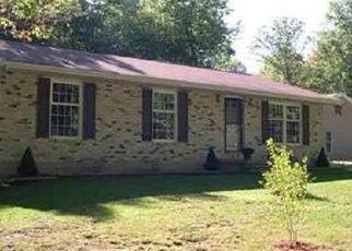 Pre Foreclosure in Huntingdon 16652 OAK LN - Property ID: 1527295641