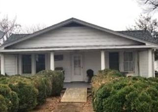 Pre Foreclosure in Bedford 24523 OAKWOOD ST - Property ID: 1527333295