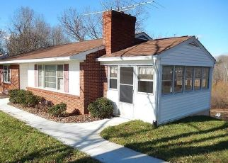 Pre Foreclosure in Madison Heights 24572 WINESAP RD - Property ID: 1527341172