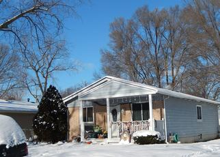 Pre Foreclosure in Westland 48186 GLEN ST - Property ID: 1527509362
