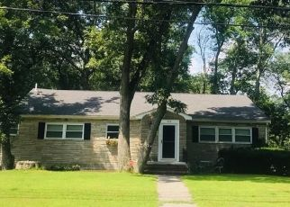Pre Foreclosure in Wilmington 01887 WOBURN ST - Property ID: 1527815515
