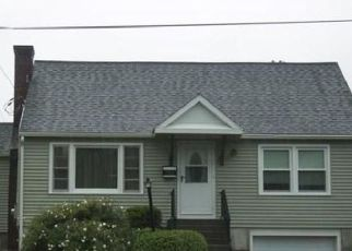 Pre Foreclosure in Worcester 01606 W MOUNTAIN ST - Property ID: 1527822521
