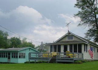 Pre Foreclosure in Willsboro 12996 BAY LN - Property ID: 1527910551