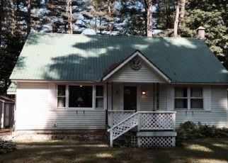 Pre Foreclosure in Lake Luzerne 12846 VILLAGE VIEW RD - Property ID: 1527923695