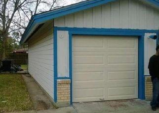 Pre Foreclosure in Houston 77016 BRETTON DR - Property ID: 1528196996