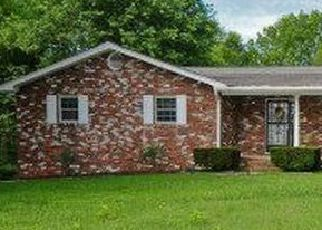 Pre Foreclosure in Louisville 37777 GREEN CASTLE RD - Property ID: 1528575846