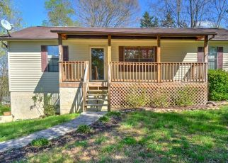 Pre Foreclosure in Clinton 37716 HILLSIDE LN - Property ID: 1528613947