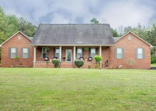 Pre Foreclosure in Etowah 37331 COUNTY ROAD 609 - Property ID: 1528725625