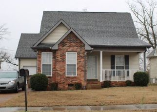 Pre Foreclosure in Nashville 37218 HYDES FERRY RD - Property ID: 1528740968