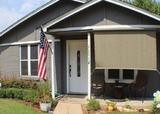 Pre Foreclosure in Keller 76244 FREEDOM WAY - Property ID: 1528791311