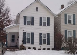 Pre Foreclosure in Barberton 44203 BROWN ST - Property ID: 1528850890