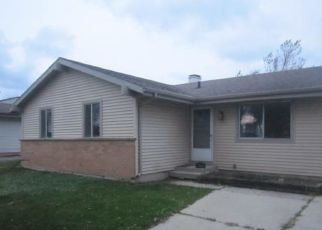 Pre Foreclosure in Racine 53402 WHITEWATER ST - Property ID: 1528909569