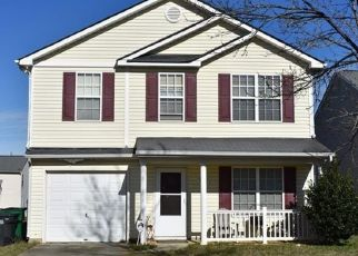 Pre Foreclosure in Charlotte 28269 FRYE PL - Property ID: 1528937150