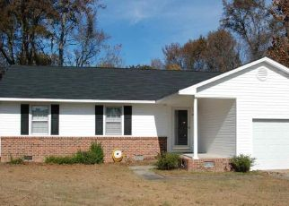 Pre Foreclosure in Benson 27504 W POPE ST - Property ID: 1528969126