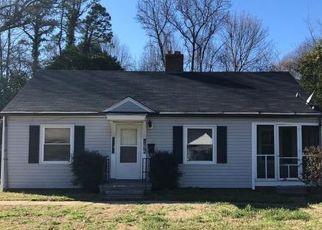 Pre Foreclosure in Charlotte 28208 GARIBALDI AVE - Property ID: 1529008553