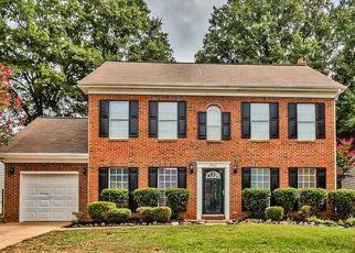 Pre Foreclosure in Charlotte 28269 GRENELEFE VILLAGE RD - Property ID: 1529045339