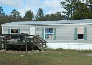 Pre Foreclosure in Interlachen 32148 MONTAGUE AVE - Property ID: 1529577481