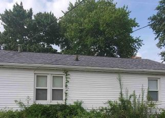 Pre Foreclosure in Washington 61571 DUENSING LN - Property ID: 1529935300