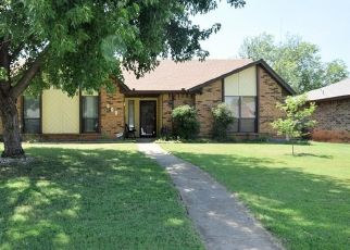 Pre Foreclosure in Edmond 73013 NW 138TH ST - Property ID: 1530212547
