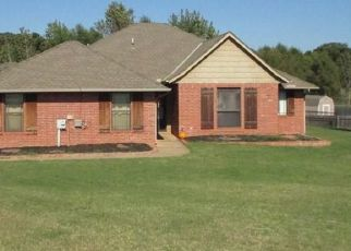 Pre Foreclosure in Guthrie 73044 FAWN RUN - Property ID: 1530334745