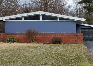 Pre Foreclosure in Fort Wayne 46819 CHESTER BLVD - Property ID: 1530536197