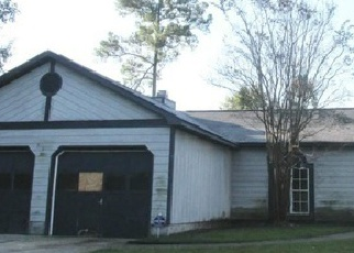 Pre Foreclosure in Midway Park 28544 WHITE PINE CT - Property ID: 1530647899