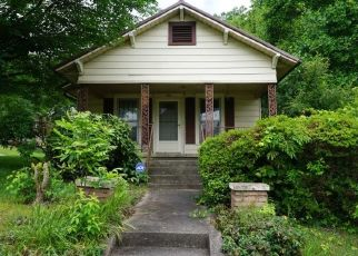 Pre Foreclosure in Statesville 28677 S GREEN ST - Property ID: 1530671991