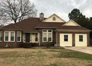 Pre Foreclosure in Fayetteville 28311 MAGELLAN DR - Property ID: 1530680743