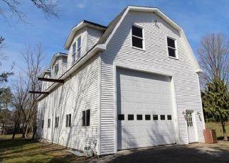 Pre Foreclosure in East Aurora 14052 OLEAN RD - Property ID: 1530903671