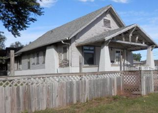 Pre Foreclosure in Hastings 68901 N ELM AVE - Property ID: 1531338125