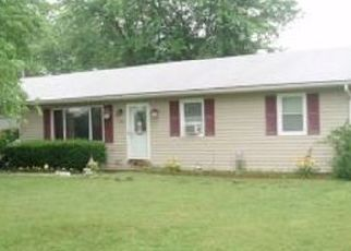 Pre Foreclosure in Hallsville 65255 FAIRVIEW ST - Property ID: 1531514645