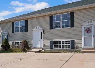 Pre Foreclosure in Warrenton 63383 ARLINGTON CT - Property ID: 1531533472