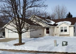 Pre Foreclosure in Waconia 55387 SPARROW RD - Property ID: 1531601354