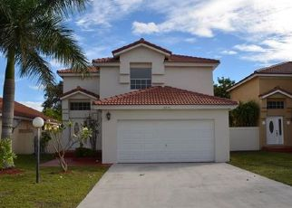 Pre Foreclosure in Opa Locka 33055 NW 56TH CT - Property ID: 1531934211