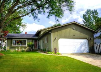 Pre Foreclosure in Mchenry 60050 W WINDING CREEK DR - Property ID: 1532221530
