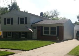 Pre Foreclosure in Griffith 46319 N OAKWOOD ST - Property ID: 1532660374