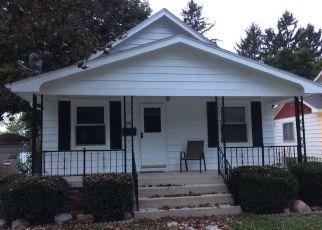 Pre Foreclosure in Hobart 46342 N KELLY ST - Property ID: 1532668704