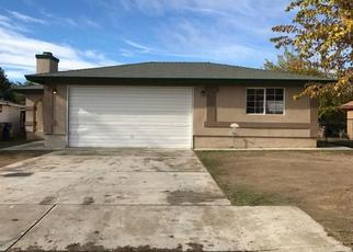 Pre Foreclosure in Lamont 93241 KENMORE AVE - Property ID: 1532803151